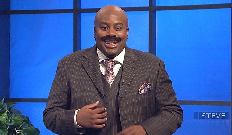 Kenan Thompson as Steve Harvey on SNL (Credit: NBC)