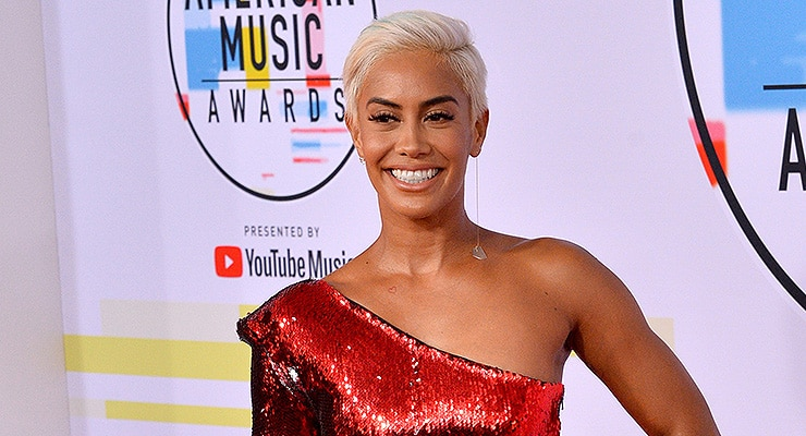 LOS ANGELES, CA. October 09, 2018: Sibley Scoles at the 2018 American Music Awards at the Microsoft Theatre LA Live — Photo by Featureflash