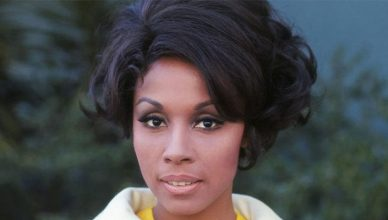 Diahann Carroll as Julia Baker (Credit: NBC)